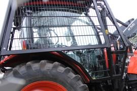 Forstausstattung für Traktoren